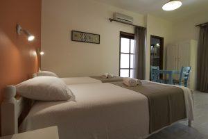 Room 5, beds